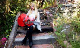 Nowa gitara Gibson Orianthi SJ-200 już dostępna
