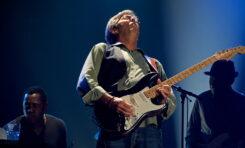 Kto jest gitarowym idolem Erica Claptona?