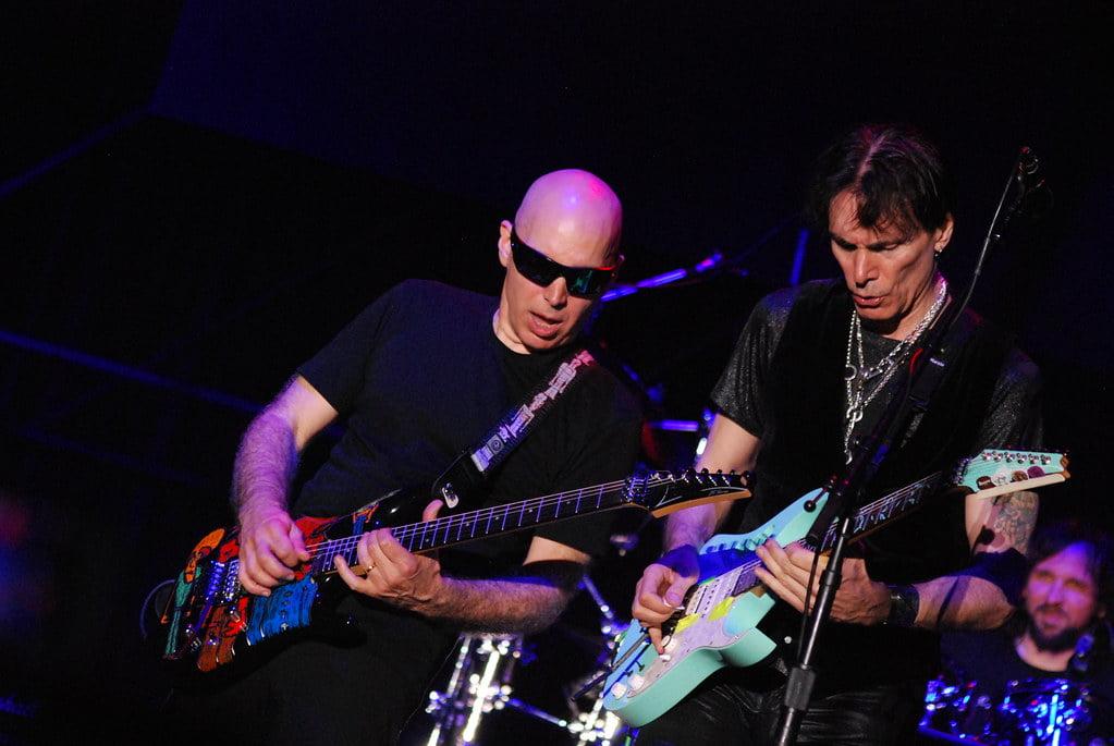 Steve Vai wspomina lekcje u Joe Satrianiego