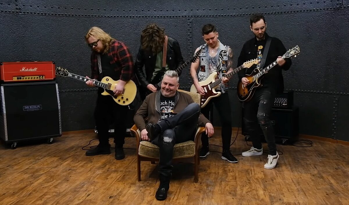"Polish Metal Alliance prezentuje ""Stars"" z repertuaru Hear N' Aid – plejada gwiazd w nagraniu!"