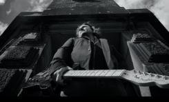 """Tomasz Walkowski - marynarz z Chyloni i jego niesamowity album """"The Lighthouse"""""""