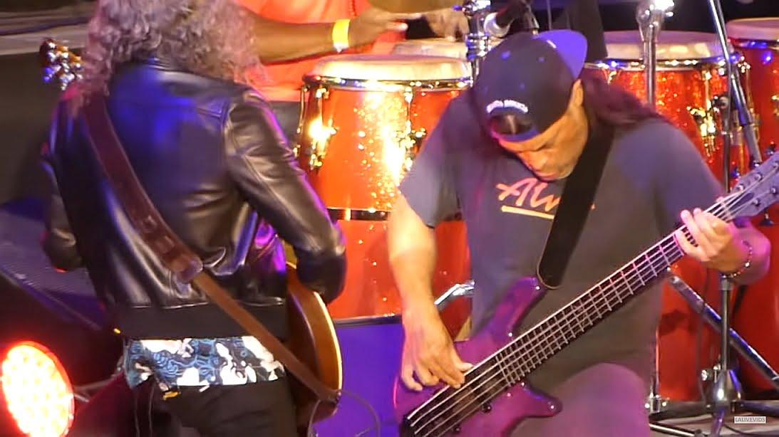 "Kirk Hammett i Rob Trujillo wykonali ""My Friend of Misery""… na jazzowo"