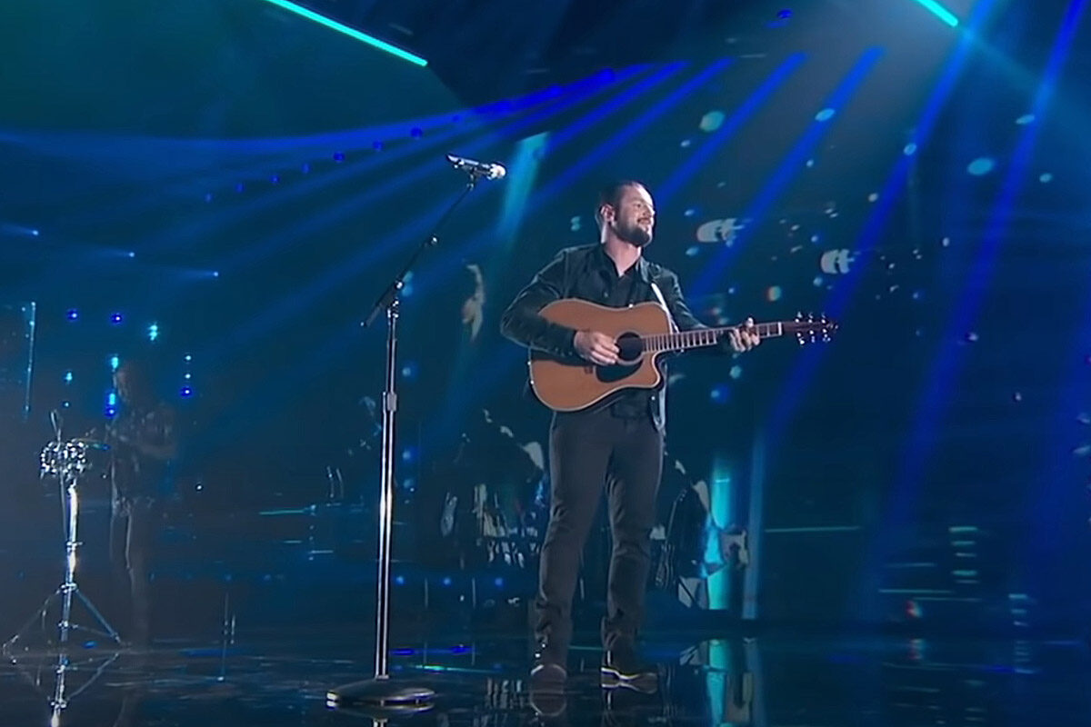 "Laureat ""American Idol"" wybrał gitarę Takamine EF360SC-TT"