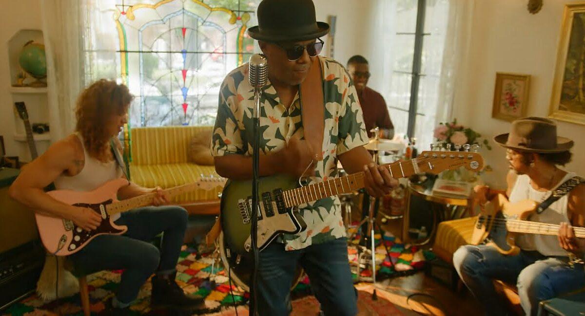 """""""Under Your Spell"""" – solowa płyta Tito Jacksona, gitarzysty Jackson 5"""