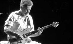 Mała tabliczka upamiętniająca Eddiego Van Halena - to wszystko na co stać Pasadenę?