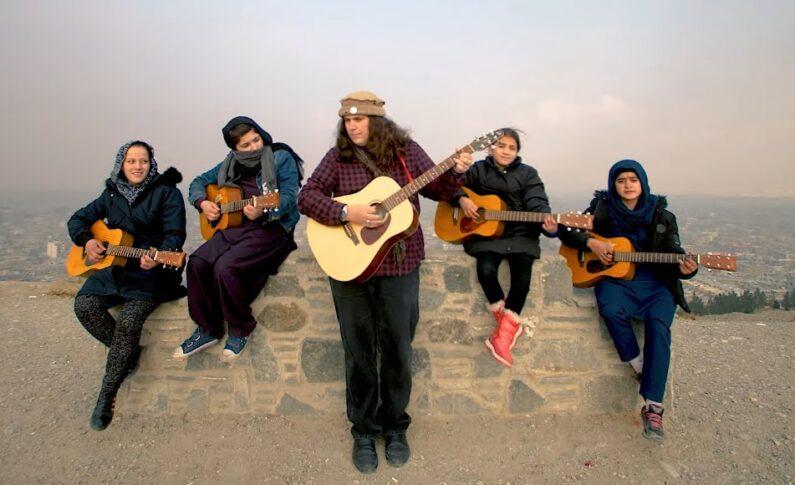 Lanny Cordola apeluje o uwagę gitarowego świata - uratujmy te dzieci!